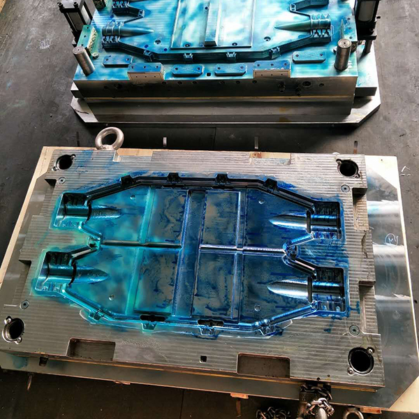 SMC compression mould 04